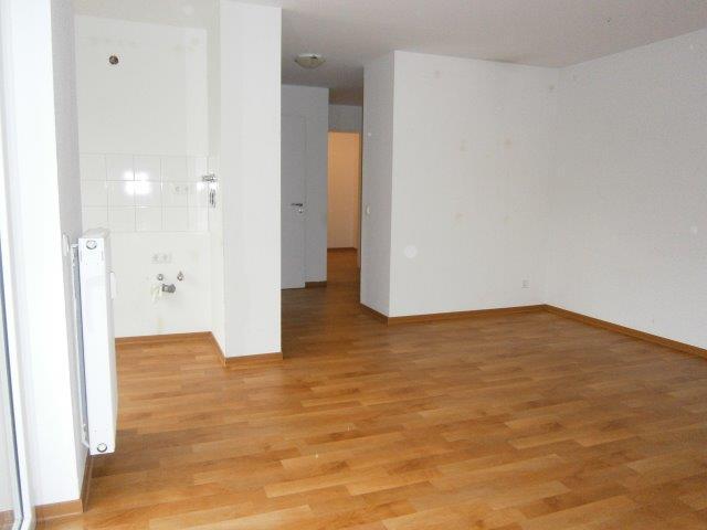 Wohnraum - Blick Ri. Kochnische / Flur (Bad) / Abstellraum (davor Schlafzimmer) ✓ Dissen ✓ 54 qm seniorengerechtes Appartement zu vermieten ✓