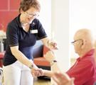 » weitere Informationen Pflegehelfer/in